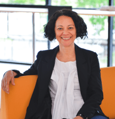Anca Metiu, Professor of Management at ESSEC Business School, draws on  Parts1and2of her research article into team and project performance: an at-a-glance toolkit for project managers and team members.