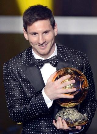 Lunes 7: Messi, cuarto balón de oro consecutivo (Efe)