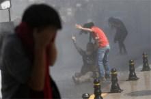 1. Erdogan reprime a sus manifestantes (Reuters)
