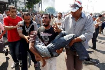6. Al menos 30 muertos en enfrentamientos en Egipto.