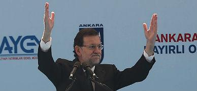 12. Rajoy se da un baño de masas en Turquía