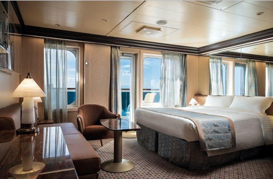 Gran Suite con balcone sul mare - Costa Diadema