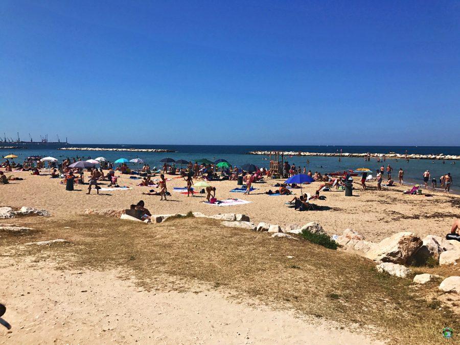 Spiaggia di Pane e Pomodoro a Bari