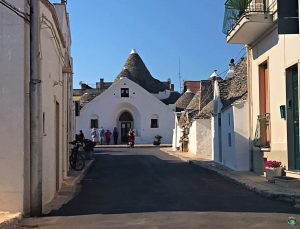 Trullo sovrano Alberobello - Cocco on the road