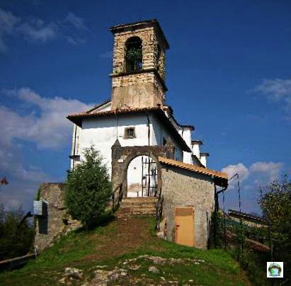 Santuario Madonna della Ceriola-Cocco on the road