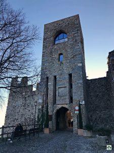 Entrata al Castello di Padenghe sul Garda