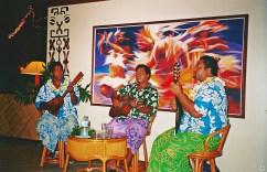Hotel Royal Huahine Musica - Cocco on the road