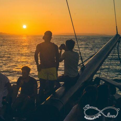 Tramonto sulla barca Malta - Cocco on the road