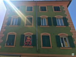 Perché a Varazze le finestre sono pitturate