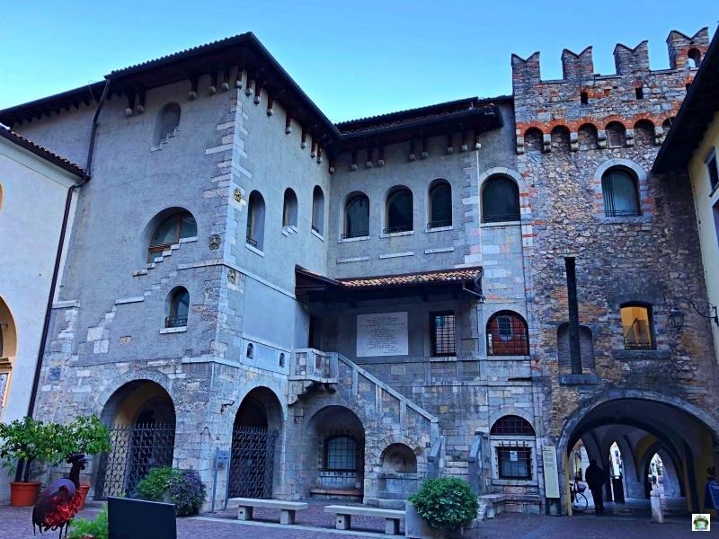 Cosa vedere a Riva del Garda Piazza San Rocco