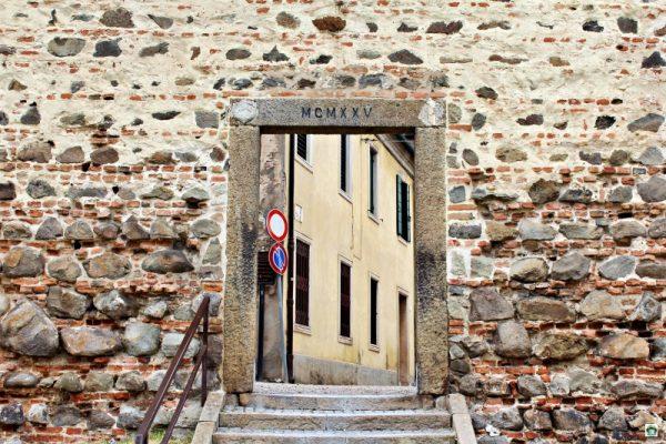 mura antiche borgo