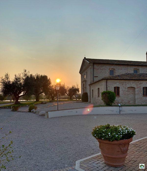 Country House in Abruzzo al tramonto