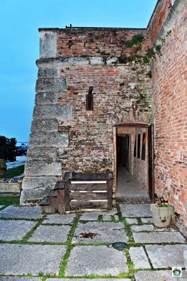 esterno castello bevilacqua