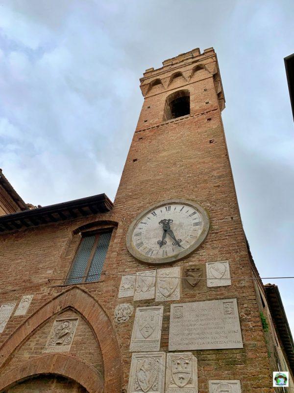 torre borgo medievale Buonconvento Toscana