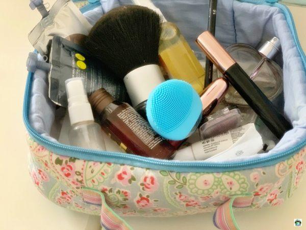 spazzola pulizia viso prodotti per il viaggio