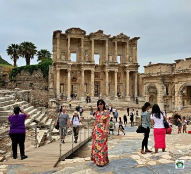Izmir biblioteca Celso Efeso