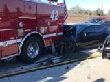 Tesla model S accidente contra camión de bomberos