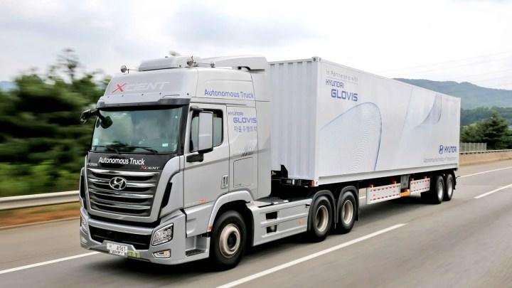 El camión autónomo de Hyundai completa un viaje por autopista