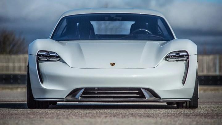 Porsche Taycan pillado en pruebas