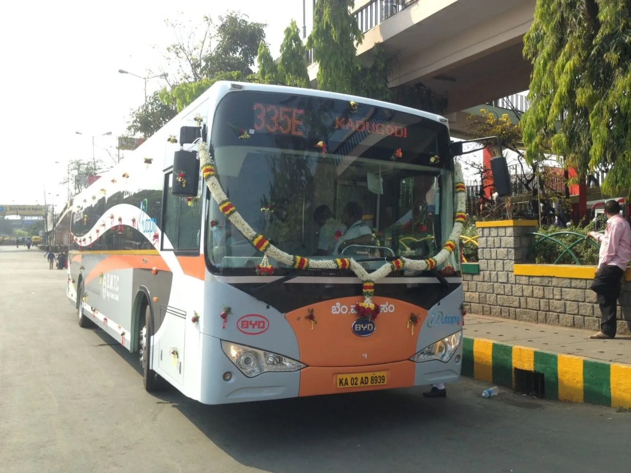 bus byd india