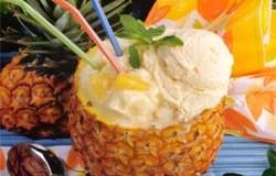 Piña colada con helado