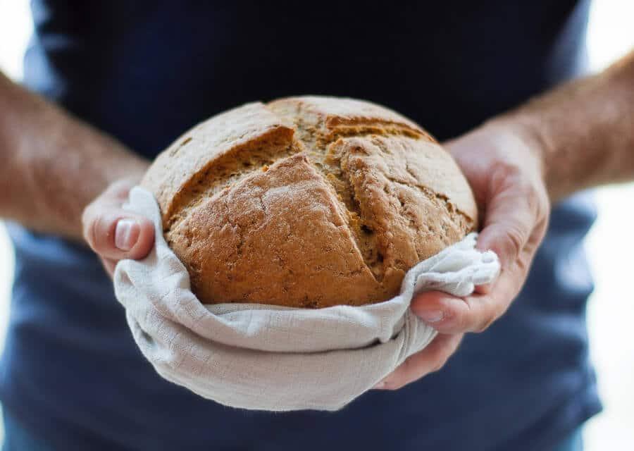 Pan casero integral sin levadura [Receta fácil]