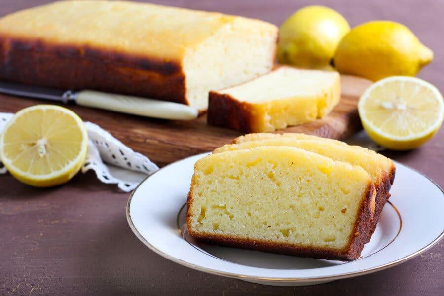 Bizcocho de yogur y limón, receta fácil
