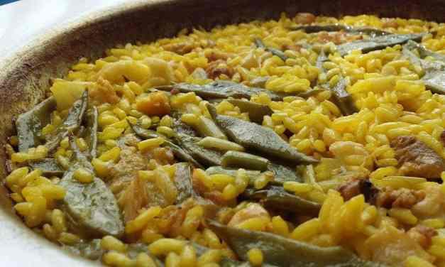 Cómo hacer la auténtica paella valenciana [receta tradicional española]