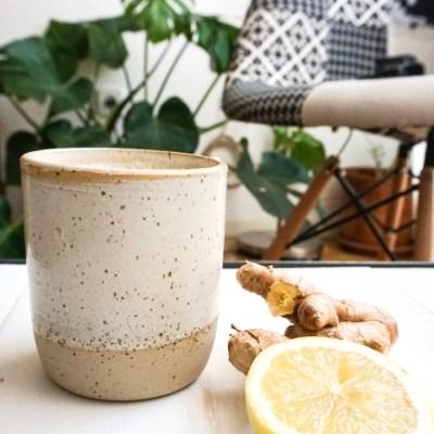 Limonada caliente de jengibre (hot ginger lemonade)
