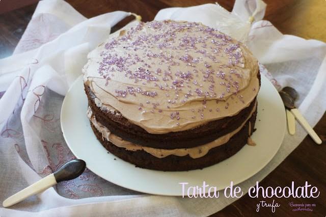 Tarta de chocolate rellena de trufa