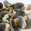 Almejas a la marinera, receta tipica de sanlucar de barrameda