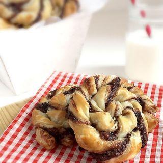 Espirales de pasta de hojaldre con Nutella