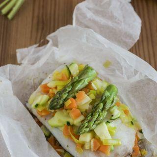 Merluza en papillote con verduras -cocina saludable-