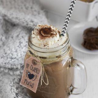 Chocolate caliente de Nutella con nata montada