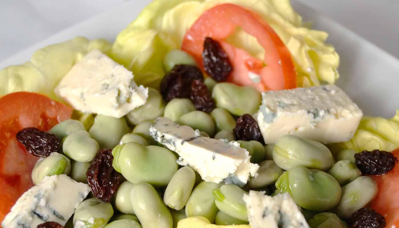 Receta de ensalada de habas y queso azul - recetas de ensaladas- recetas de ensaladas de legumbres - recetas realfooding o real food