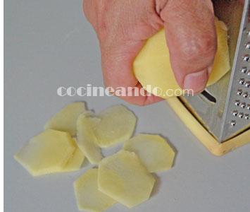 Cómo cortar patatas para hacer chips