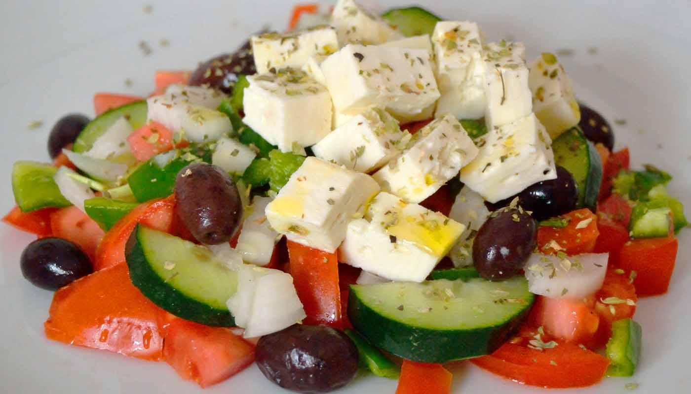 Receta de ensalada griega - recetas de ensaladas - recetas realfooding o rela food