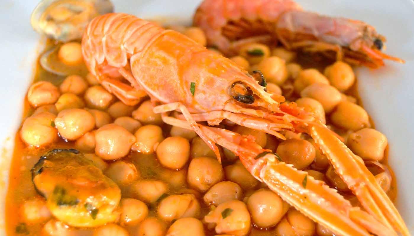 Receta de garbanzos con mariscos - recetas de garbanzos - recetas de mariscos - recetas realfooding o real food