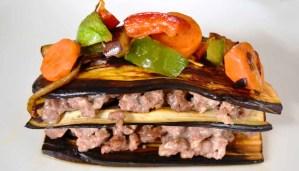 Receta de milhojas de berenjenas, carne y verduras - recetas de verduras y hortalizas - recetas realfooding o real food