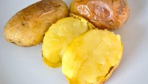 Cómo asar patatas o boniatos en la barbacoa - trucos de cocina