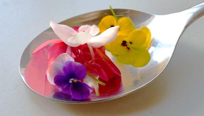 La tradición de las flores en cocina - gastronomía