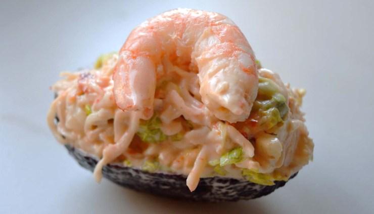 receta de aguacates rellenos de ensalada de gambas - recetas con aguacates - recetas con gambas - recetas de ensaladas - recetas realfooding o real food