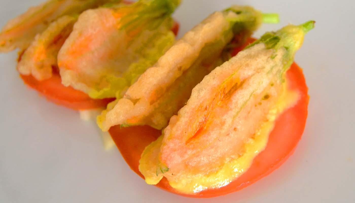 Receta de flores de calabaza rellenas de queso y membrillo - recetas con flores - recetas con calabaza - recetas realfooding o real food