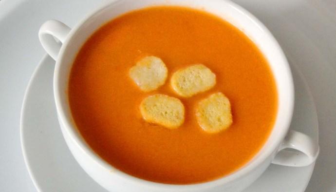 receta de gazpacho andaluz - recetas de sopas y cremas frías - recetas de verano - recetas realfooding o real food