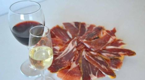 Diferencias entre jamón ibérico y jamón serrano - Denominaciones de origen de jamones ibéricos y serranos