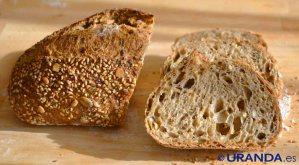Receta de pan de kamut y centeno con semillas - recetas de panes caseros - recetas vegetarianas y veganas