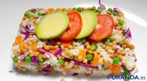 receta de ensalada de lentejas y arroz - recetas vegetarianas y veganas - recetas de ensaladas de legumbres - recetas de ensaladas de lentejas - recetas de ensaladas de arroz