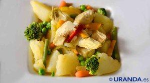 Receta vegana de patatas guisadas con verduras - recetas de patatas - recetas vegetarianas y veganas