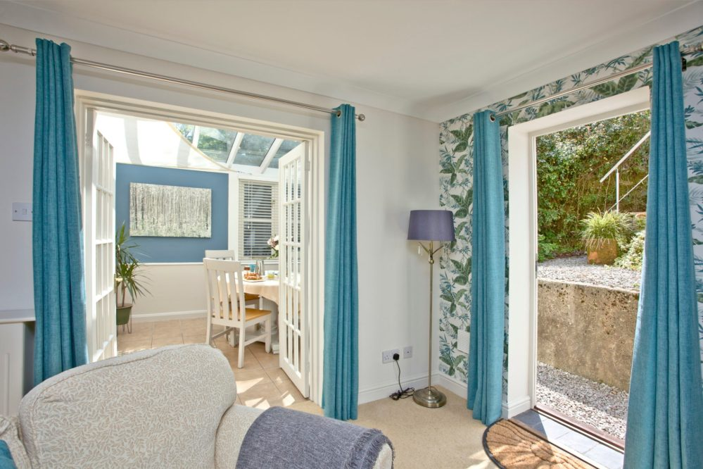 Lounge to conservatory at Mallock Cottage