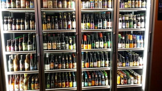 啤酒-很多啤酒